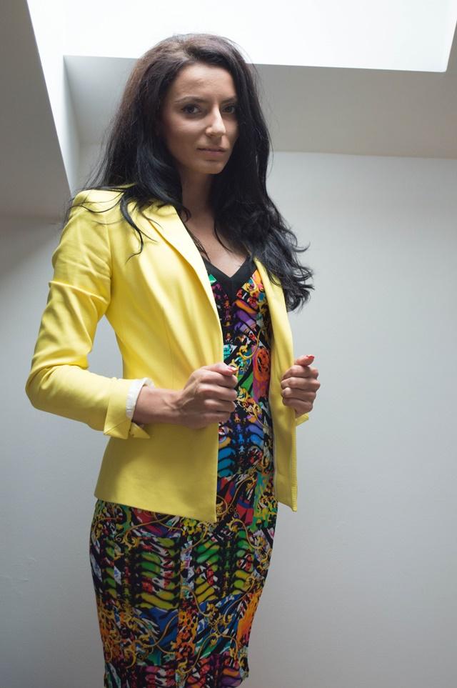 теодора-николова-жълто