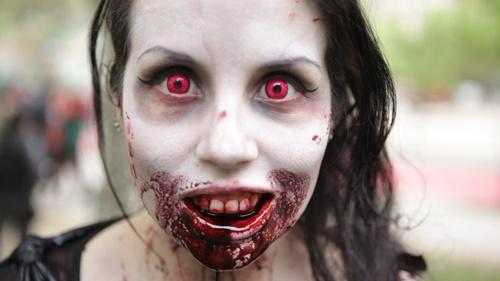 strashno helouin zombi