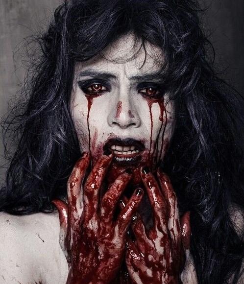 хелоуин вампир