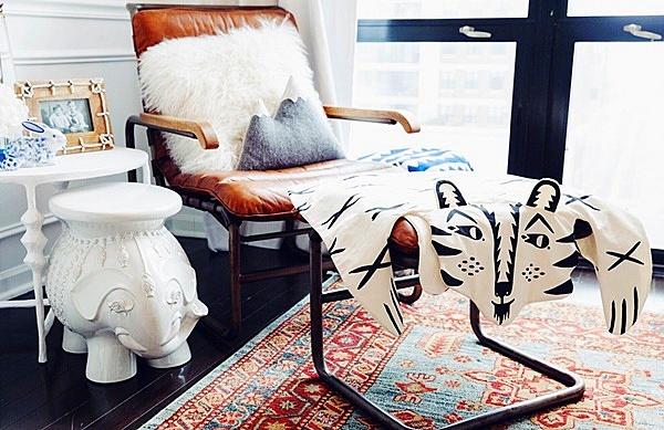 бебешка стая за момче в бяло