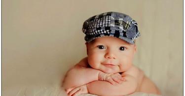 бебе на 4 месеца