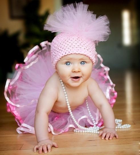 бебе на 8 месеца