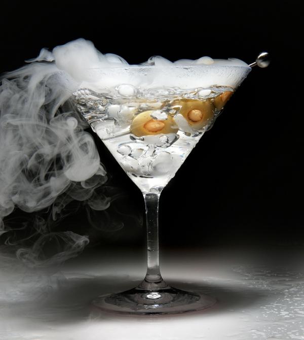 helouin parti s kokteili i napitki