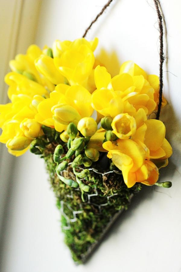 направи-си-сам-флорална-декорация-за-стена