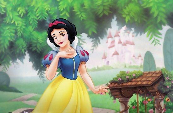 дисни-принцеси-снежанка