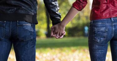 значението на начина по който държите ръцете си