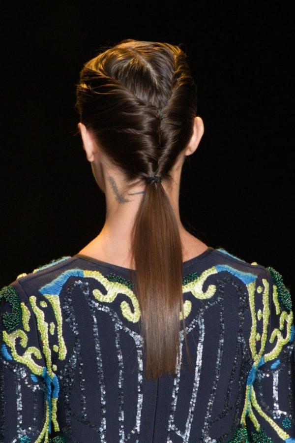 прически-с-вързана-коса