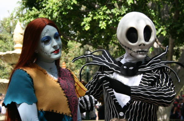 страшни Хелоуин костюми за двойки
