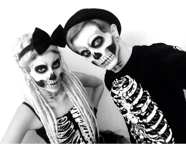 страшни-Хелоуин-костюми-за-двойки