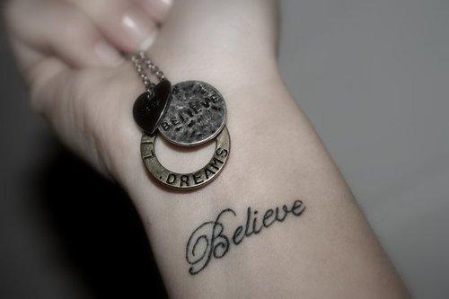 татуировки-на-китката