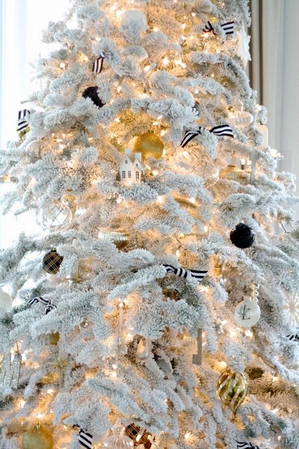 украса за снежна изкуствена елха