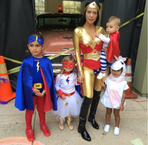 хелоуин-костюмите-на-звездите-2015