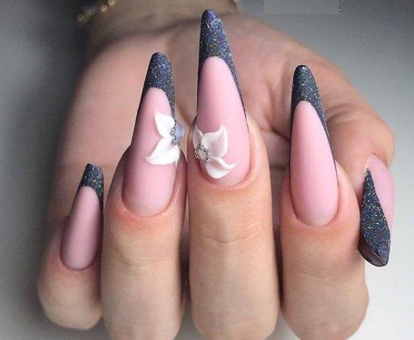 frenski manikur za ostri nokti s dekoraciq