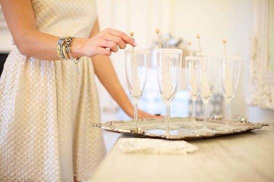 ideq za koledno pari vuv frenski stil s shampansko