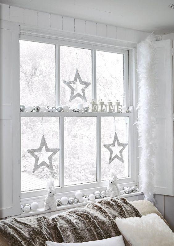 koledna ukrasa za prozorci s zvezdichki