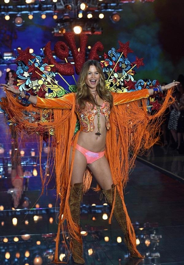 Victoria'- Secret-2015