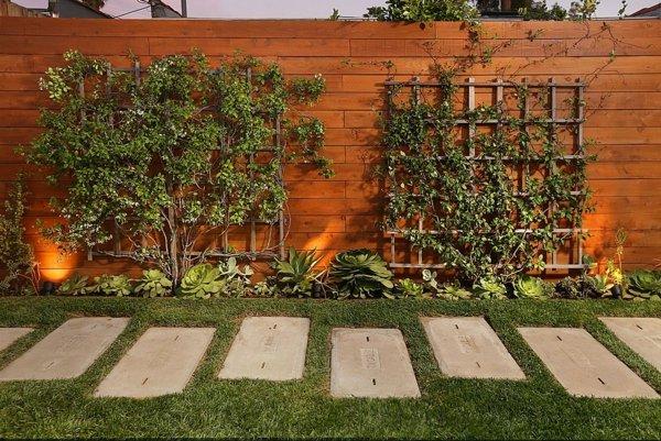 durvena ograda za dvora