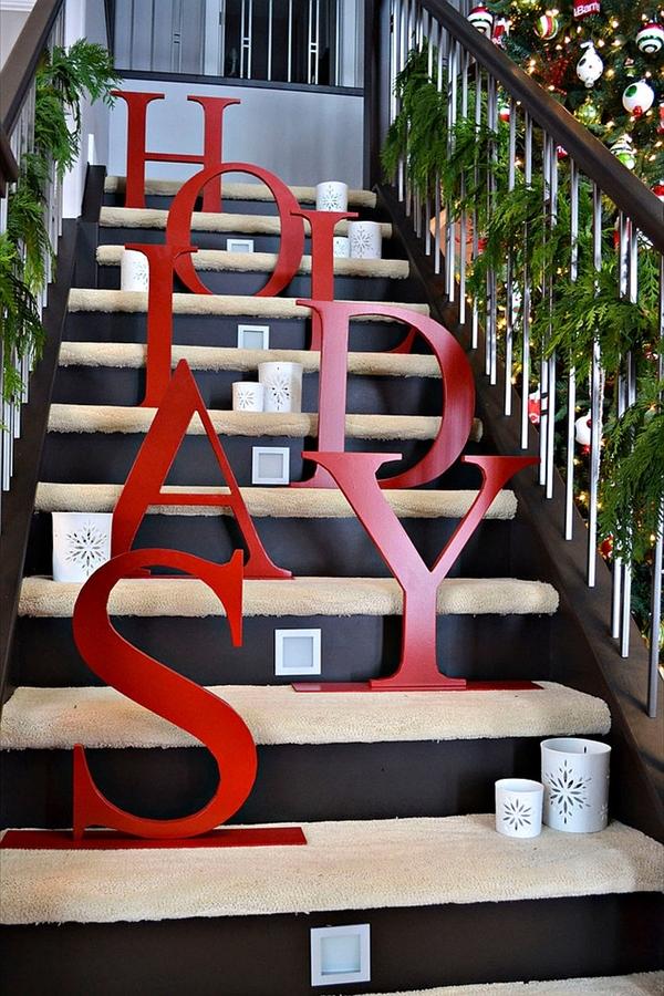 коледна украса за стълби