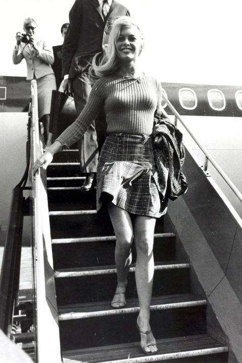 къса пола с поло