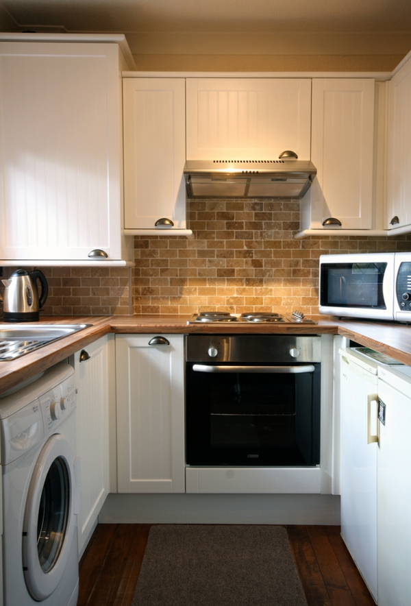 малка-кухня