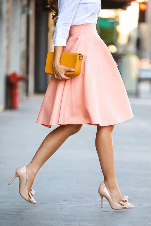обувки в телесен цвят