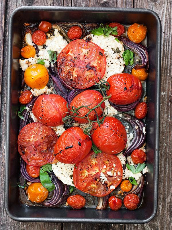 топла салата с домати