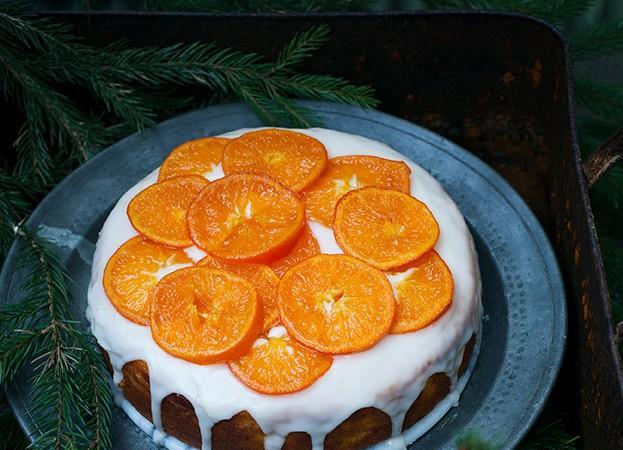 lesna koledna torta