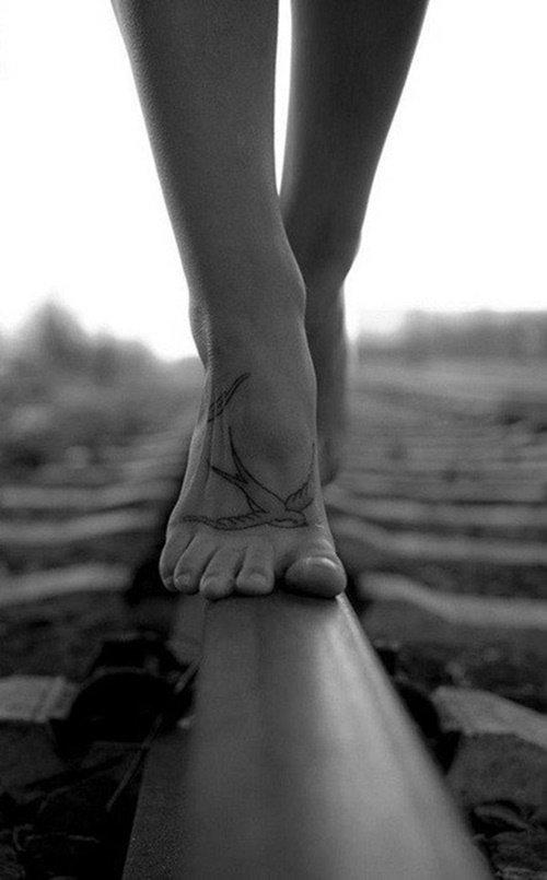 женски татуси за крак