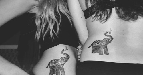 татуировки-за-приятели