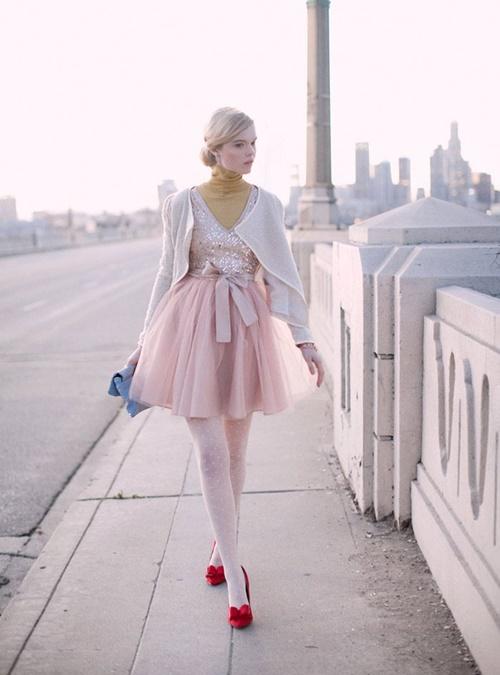 червени-обувки