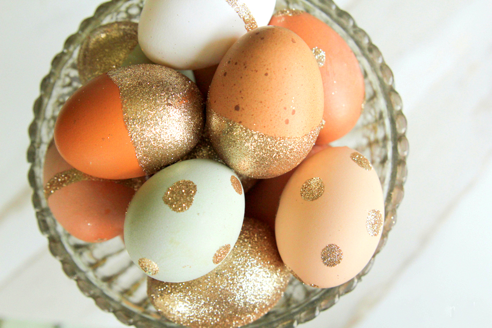 Брокатени великденски яйца