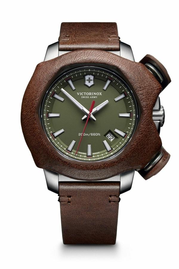 мъжки-часовници-2016-Victorinox