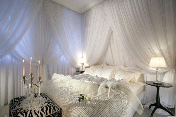 балдахин в спалнята