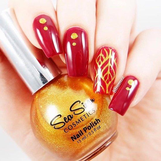 manikur s dekoraciq na noktite