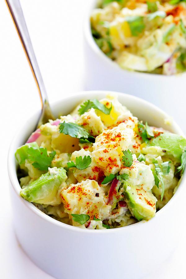салати с авокадо