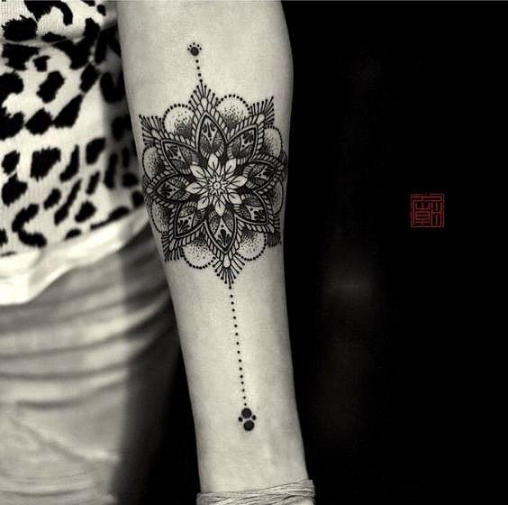 mandali tatuirovki raka