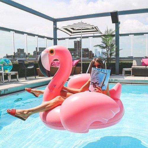 zabavni poqsi za basein i more poqs rozovo plamingo