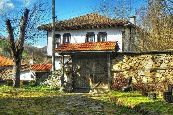 nai krasivite sela v bulgariq selo svejen