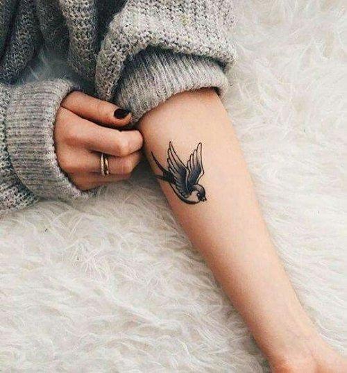 malki tatuirovki za jeni za ruka tatus ptica