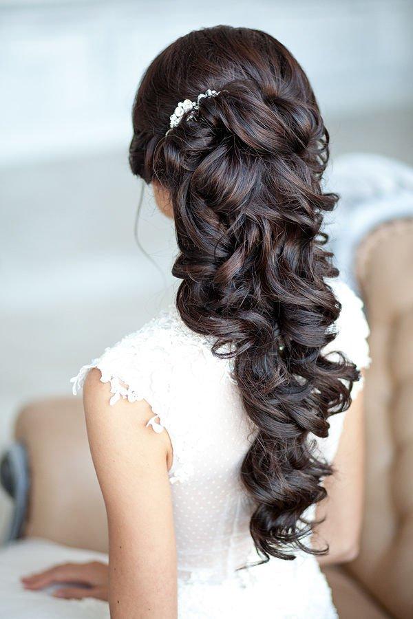 svatbena pricheska za dulga kosa