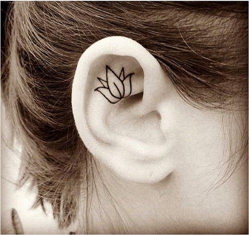 малки татуировки за ухо