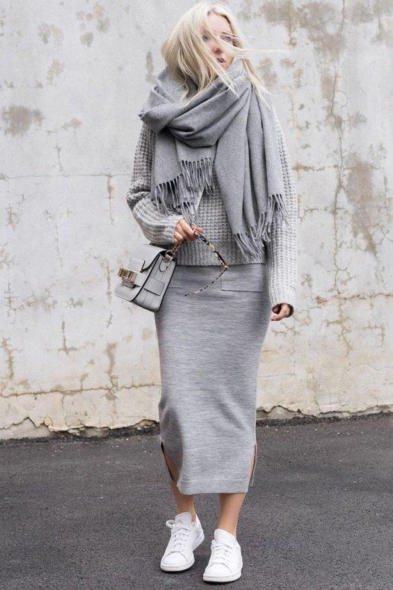 monohromen outfit v sivo za zima 2017 2018