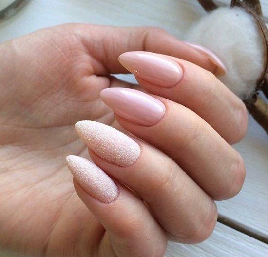 manikur za nokti badem
