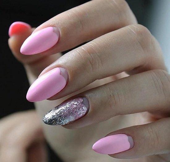 leten rozov manikur nokti badem
