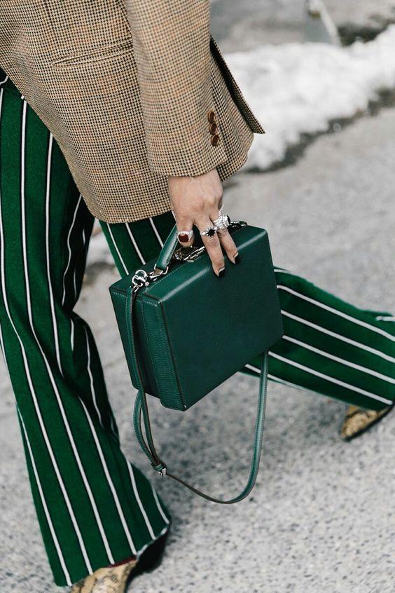zelen pantalon i zelena chanta