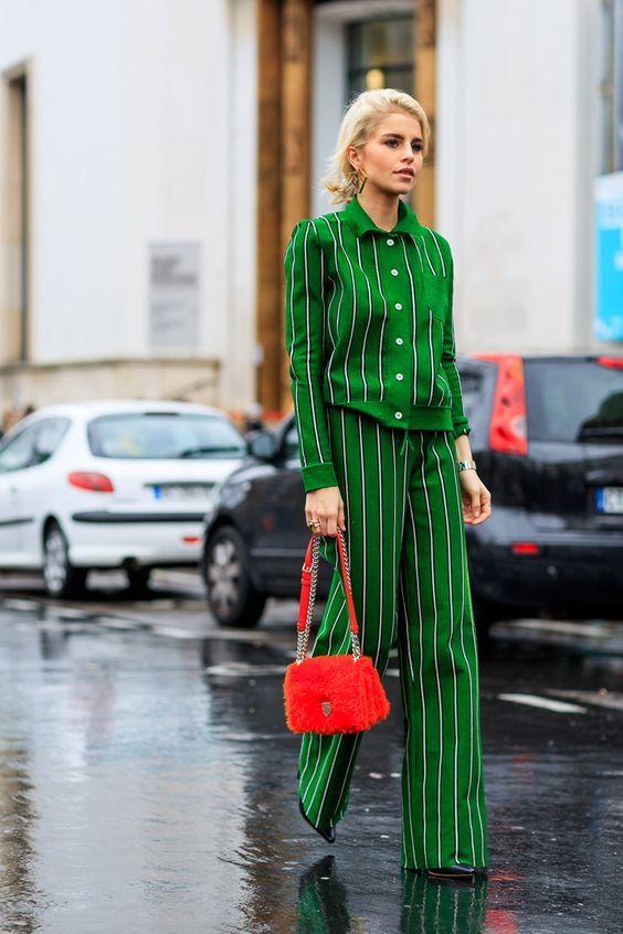 zelen kostum na raie