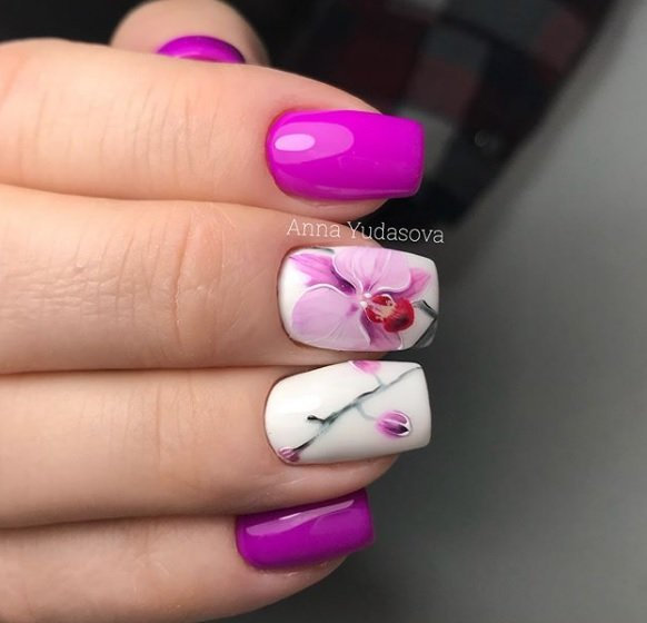 manikur s dekoraciq cvetq