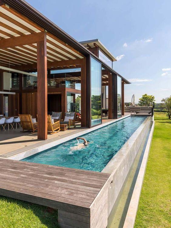 басейн за двора