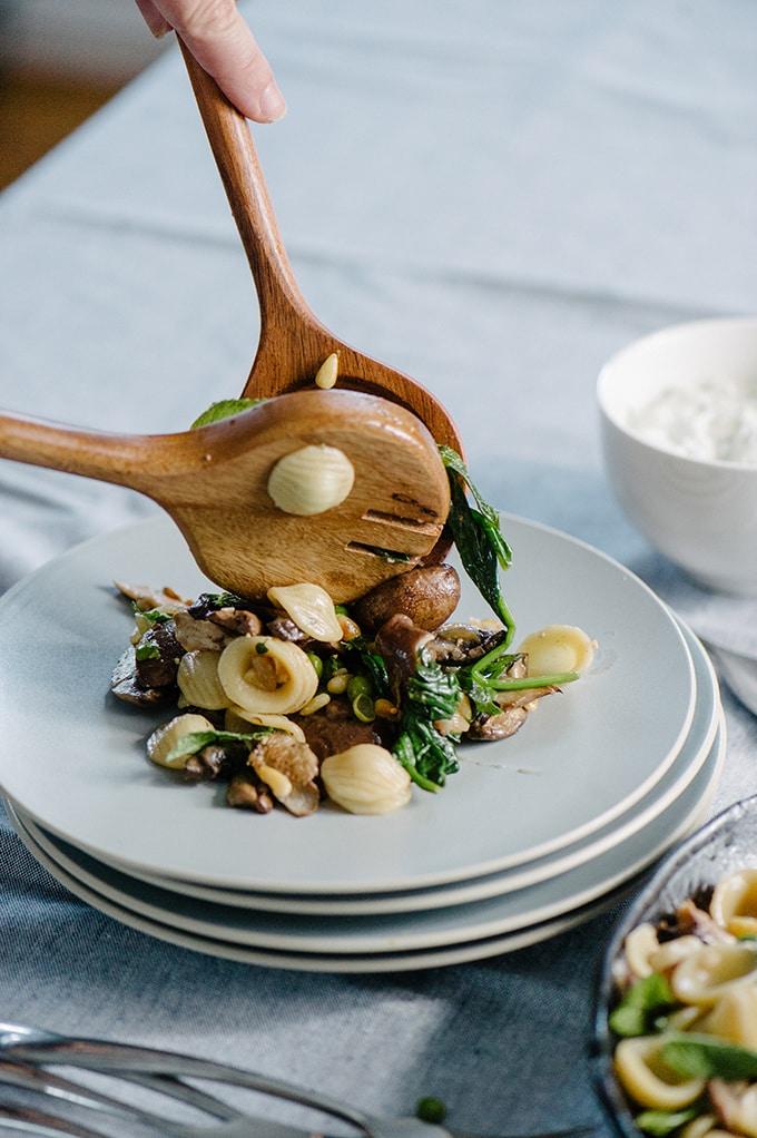 recepta za pasta primavera s gubi spanak i grah