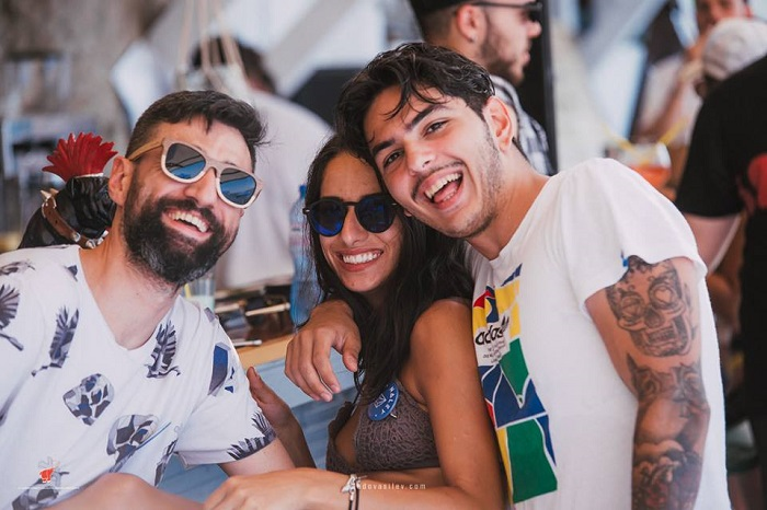 naley beach bar lozenec bulgaria